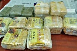 Nghệ An: Bắt 4 đối tượng, thu giữ 9kg ma túy đá, 20.000 viên ma túy tổng hợp