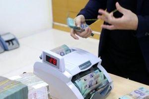 Làn sóng chính sách dồn dập ập đến các ngân hàng