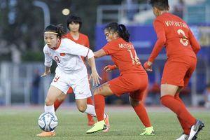 Bóng đá nữ Việt Nam đoạt vé đầu tiên vào bán kết