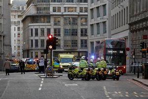 Tấn công bằng dao trên cầu London làm năm người thương vong