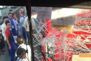Xe chở Đoàn thể thao Việt Nam dự Lễ khai mạc SEA Games gặp tai nạn