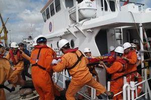 Tàu hàng 3.000 tấn chìm trên biển Quy Nhơn, thuyền trưởng tử nạn