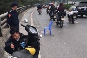 Hà Nội: Tài xế ôtô gây tai nạn khiến bé 5 tuổi tử vong trình diện công an