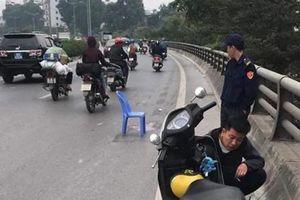 Hà Nội: Truy tìm tài xế xe bán tải gây tai nạn khiến 2 mẹ con thương vong