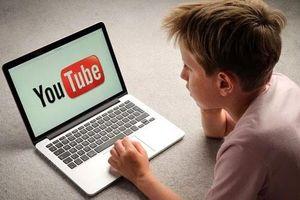 Lời cảnh tỉnh cho phụ huynh khi để con 'ôm' Youtube từ vụ treo cổ theo mạng xã hội