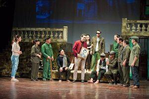 'Duyên Định' – Vở kịch ca ngợi tinh thần dũng cảm của quân và dân Việt Nam