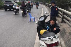 Tài xế gây tai nạn khiến hai mẹ con thương vong trên đường Bưởi ra đầu thú