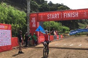 SEA Games ngày 1/12: Đua xe đạp 'mở hàng' HCV cho đoàn Việt Nam