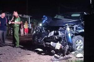 Xe bán tải gây tai nạn thảm khốc, 4 người tử vong