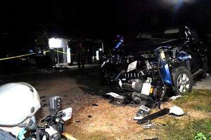 Xe bán tải gây tai nạn liên hoàn, 4 người chết và 3 người bị thương