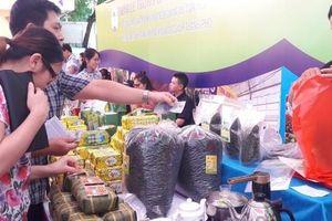 Nâng tầm sản phẩm làng nghề để chiếm lĩnh thị trường