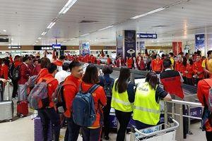 Máy bay chở đoàn Thể thao Việt Nam gặp sự cố bởi cơn bão Kammuri
