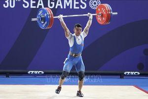 SEA Games 30: Lực sĩ Thạch Kim Tuấn để tuột HCV