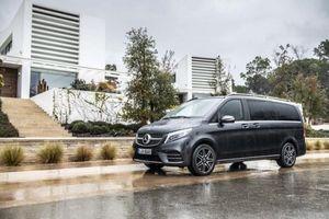Bảng giá xe Mercedes-Benz tháng 12/2019: Mở bán V-Class mới, tăng giá trăm triệu đồng