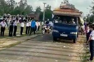 Tang thương sau vụ tai nạn giao thông thảm khốc ở Phú Yên