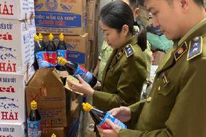 Nghệ An: Hơn 3.000 chai nước mắm cốt cá cơm bị phát hiện hàng giả