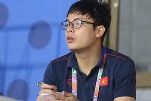 Trước giờ đấu U22 Singapore, HLV Park Hang-seo vẫn không quên cắt cử trợ lý tới 'do thám' U22 Thái Lan