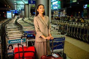 Người mẫu Thanh Khoa mang 80kg hành lý lên đường dự thi Hoa khôi Sinh viên Thế giới 2019