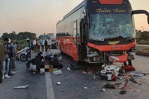 Va chạm liên hoàn trên cao tốc Hà Nội- Bắc Giang, nữ phụ xe tử vong