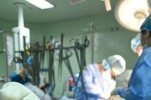 Cắt khối u tim, cứu cụ bà 80 tuổi có nguy cơ đột tử bất cứ lúc nào
