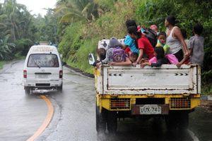 Bão Kammuri quét qua miền Trung Philippines, giật cấp 17