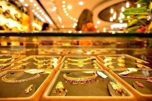 Giá vàng hôm nay 3/12: Giảm tiếp 120.000 đồng/lượng, vàng sắp chìm xuống đáy?