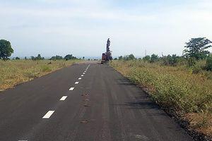 Gần 2 km đường nhựa 'mọc' trên đất nông nghiệp