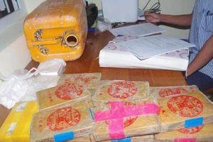 Bộ Công an truy tìm nguồn gốc ma túy trôi vào biển miền Trung