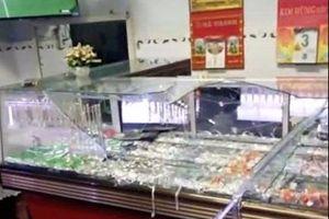 Dùng búa cướp tiệm vàng ở Bình Định