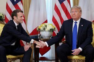 Không khí căng thẳng trong cuộc gặp giữa ông Trump và Tổng thống Pháp