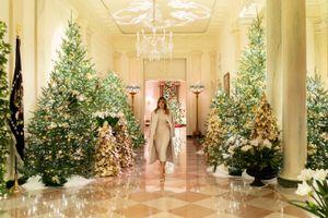 'Choáng ngợp' với không gian Giáng sinh 'nước Mỹ vĩ đại' tại Nhà Trắng