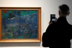 Tranh sơn dầu của danh họa Gauguin được bán đấu giá gần 250 tỷ đồng
