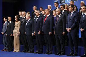 Các nhà lãnh đạo NATO ra tuyên bố chung khẳng định tình đoàn kết