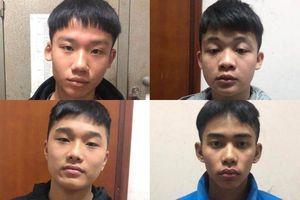 Đã bắt được nhóm thanh niên mang dao, kiếm 'diễu hành' trên đường phố Hà Nội