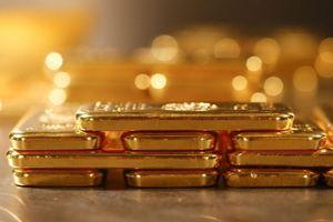 Giá vàng hôm nay 4/12: Bất ngờ đảo chiều tăng mạnh tới 120.000 VNĐ/lượng