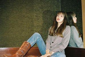 Học cách phối đồ đẹp của Lisa và dàn mỹ nhân Hàn khi đi boots