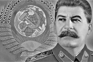Tại sao Stalin từng muốn tát cạn biển Caspi?