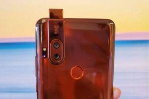 Motorola One Hyper ra mắt: Pin sạc siêu tốc, chống nước, chip S675, RAM 4 GB, giá hơn 9 triệu