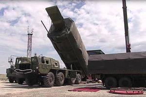 Mỹ từ chê bai tới im lặng trước vũ khí Nga