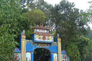 Xử lý nghiêm những ai tự xưng 'người nhà đền' đòi quyền quản lý đền Đá Thiên, Thái Nguyên