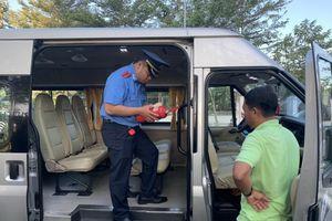 Đồng loạt ra quân kiểm tra xe đưa rước học sinh