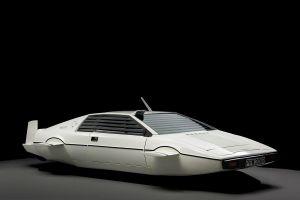 Mua xe cổ giá 100 USD, bán lại cho Elon Musk kiếm gần triệu USD