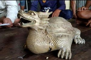 Tượng thú kỳ quái hình 'long quy' ở biển Cà Mau bị tạm giữ
