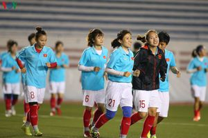 ĐT nữ Việt Nam chăm chỉ tập luyện, quyết thắng Thái Lan ở chung kết