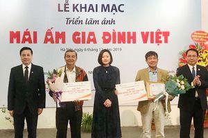Mái ấm gia đình Việt
