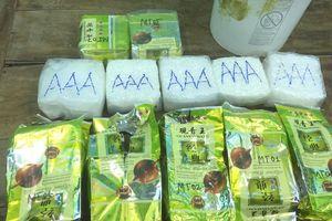 Ma túy trong thùng nhựa trôi dạt vào bờ biển Quảng Trị: Khởi tố vụ án hình sự