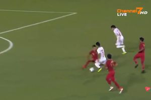 Cầu thủ U22 Myanmar phá bẫy việt vị ghi bàn rút ngắn tỉ số 1-2 trước U22 Indonesia