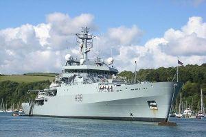 Tàu hải quân Anh qua eo biển Đài Loan