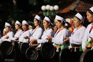 Trình diễn di sản văn hóa phi vật thể tiêu biểu các dân tộc Hòa Bình