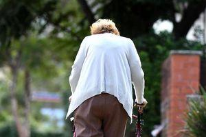 Chăm sóc người cao tuổi - giải pháp cho nạn thất nghiệp tại Australia